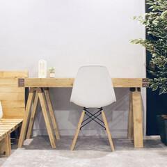 ソーホース/ソーホースブラケット/寝室/寝室リフォーム/机/机カスタム/... 寝室にソーホースブラケットテーブルを作り…