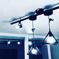 照明/男前インテリア/ダクトレール/スポットライト/インテリア/DIY/... 吊り下げライトとスポットライトを取り付け…