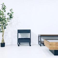 デスク周り収納/サイドテーブル/キッチンワゴン/中古物件/セルフリノベーション/フォロー大歓迎/... キッチンワゴン 買いました。 天板付きな…