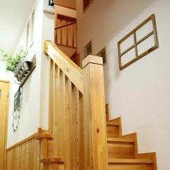 木のぬくもり/リビング階段/DIY/雑貨/インテリア/ハンドメイド 窓枠風作りました。  作ったと言っても、…