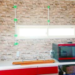 壁面収納DIY/壁面収納棚/壁面収納/キッチン収納DIY/収納棚/収納アイデア/... キッチンの収納棚完成しました✨ 土台にな…(4枚目)
