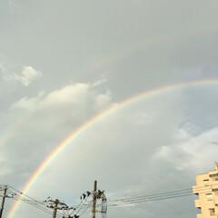 おはようございます/空が好き/幸せな気持ち/雨上がり/虹/空 お久しぶりです^ ^ 夏も終わりが近づい…