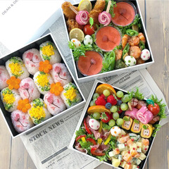 お花見/桜/ディーン・アンド・デルーカ/行楽弁当/ピクニック弁当/花見弁当/... お花見弁当🌸🍱  桜おにぎり🌸 菜の花お…