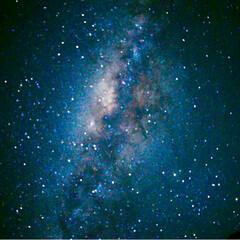 流れ星/南半球の空/星/星空/夜空  こちら現在6:45pmまわって、空が暗…