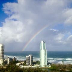 虹/空/景色 地平線から虹〜🌈  雨☔️がパラつく日に…