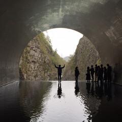 新潟/トンネル/インスタ映え/清津峡/春のフォト投稿キャンペーン/GW/... 清津峡1番奥にあるインスタ映えスポットで…(2枚目)