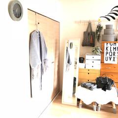 インテリア/ニトリ/住まい/ファッション/IKEA/モビール/... 寝室のクローゼットコーナーです^^ 雑多…
