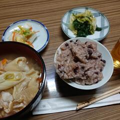 小豆/行事食 小豆粥とひっつみの精進料理。 芋がゴロゴ…