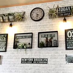 カフェ風/男前/飾り棚DIY/焼き網リメイク/ペンダントライト/壁/... セリアのペンダントライトを付けてみました。