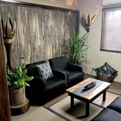 壁紙屋本舗さんの壁紙/和モダン/アジアンテイスト/和室/改造計画/和紙で出来た畳/... 和室を大改造しました。 元は写真4枚目💦…