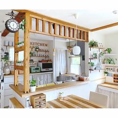 SPICE OLD STREET 壁掛け両面時計 ブラウン Lサイズ NHE801LBR(掛け時計、壁掛け時計)を使ったクチコミ「いつもの角度♡   このキッチンカウンタ…」