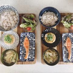 息子飯/昼ごはん/昼食/キッチン/おうちごはん/ランチ/... 今日の昼ごはん! ・雑穀ごはん ・塩ジャ…