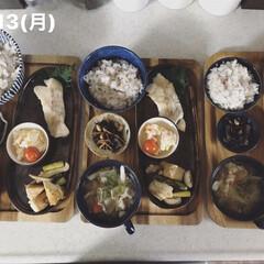 息子飯/男子ごはん/おうちごはん/お昼ごはん/キッチン 今日の昼ごはん! ・雑穀ごはん ・たらの…