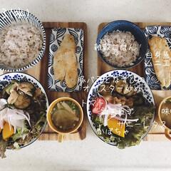 キッチン/昼食/昼ごはん/息子飯/おうちごはん/ランチ/... 今日の昼ごはん! ・雑穀ごはん ・白身魚…(1枚目)