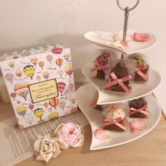 ケーキスタンド/メルヘンチック/スイーツファクトリー/カップケーキ/お洒落/可愛い/... お友達から可愛いカップケーキを頂きました…