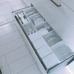 iwakiタッパー/ニトリダストボックス/100均収納/タッパー収納/引き出しの中/キッチン収納/... シンク下引き出し。iwakのタッパーをお…