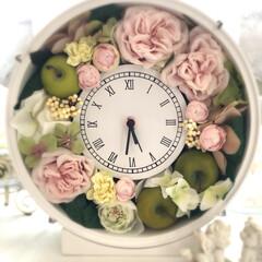 フラワーアレンジメント/アーティフィシャルフラワー/花時計/インテリア/雑貨/ハンドメイド 以前、お世話になった方へのお礼に花時計を…