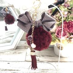 しまむら/リボンチャーム/ファーチャーム/ファー/ファッション/雑貨/... 秋冬に向けて、バッグに付けたら可愛い物❣…