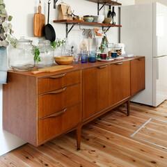 キッチン/ナチュラル家具/キッチン収納/雑貨/無垢材の床/自然素材/... . ~無垢材の床や自然素材の壁に  ナチ…