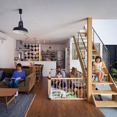 自然素材/無垢材/無垢杉の床/漆喰の壁/白い壁/吹抜け/... . ~暮らしをタノシム  D'S STY…