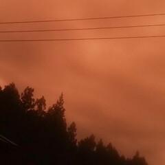 夕焼け風景 ビックリするほどの落雷後の 夕焼け   …