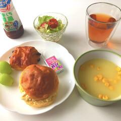 キリン 午後の紅茶 おいしい無糖 2L PET×9本(カクテル)を使ったクチコミ「こんにちは〜🎶  朝昼ごはん😋💓 昨日、…」