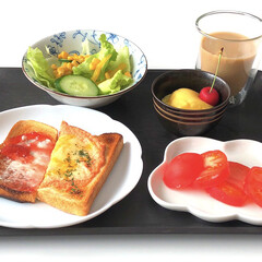 山崎パンのお皿/たち吉/ミルクティー/さくらんぼ🍒/プリン🍮/トマトスライス🍅/... |ョ'ω'〃)おはようございます♪ 今日…