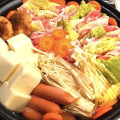 豚肉のミルフィーユ鍋/リミアの冬暮らし/我が家のテーブル/キッチン雑貨/おすすめアイテム/暮らし/... こんばんは 今日は朝からずーっと寒かった…