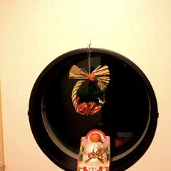 正月飾り/2018/フォロー大歓迎/冬/おうち/雑貨/... うちの和室の丸窓にも飾りました 橙がなく…