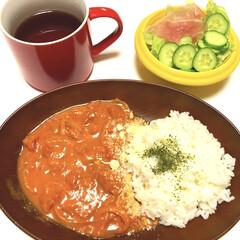 デルモンテ 完熟カットトマト / デルモンテ(トマトピューレ)を使ったクチコミ「こんばんは( *ˆ︶ˆ* ) 今日はバタ…」