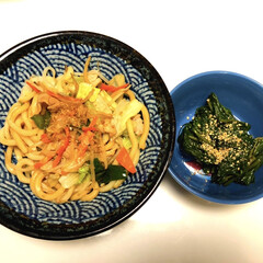 野菜たっぷり焼きうどん/つるむらさき/美濃焼/簡単/時短レシピ こんばんは〜(^o^)/  今日は忙しか…