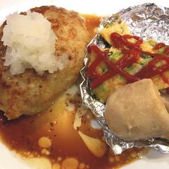 お腹満足/里芋/キッシュ/和風ハンバーグ/フォロー大歓迎/わたしのごはん/... やっとご飯🍚 和風ハンバーグ😋 うどんで…