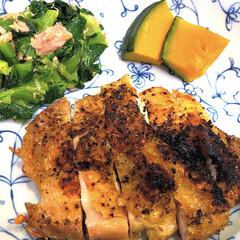WORLD OF SEASONING ミル付き ハーブソルト フレンチミックス 50g(塩)を使ったクチコミ「今日は、29日で肉の日😋 とりももをハー…」