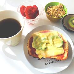 グリコ BifiXヨーグルト ほんのり甘い脂肪ゼロ 375g 6個   グリコ(ヨーグルト)を使ったクチコミ「(^_^)/おはようございます  今日も…」