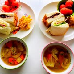 昨日のスープ/とうもろこし🌽/すいか🍉/あんバターサンド/ハム野菜サンド/漢字勉強/... おはようございます😃 今日から娘は、期末…