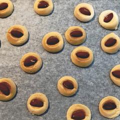 アーモンドマシュマロクッキー/クッキー/オーブン/簡単/アーモンド/マシュマロ/... アーモンドマシュマロクッキー🍪  材料は…