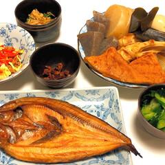 簡単/あっさり/和食/フォロー大歓迎/おうちごはん 夜は、あっさりと和食で 白いご飯 そうい…