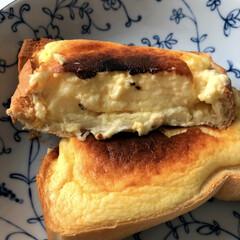 簡単/クリームチーズ/厚切りパン/リミとも部/家事ヤロウ/フォロー大歓迎/... 家事ヤロウで紹介 気になっていた バスチ…(2枚目)