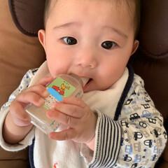 お薬/鼻水ズルズル/風邪/赤ちゃん/フォロー大歓迎 鼻水ズルズル💨 寝起き、咳コンコン💨🎶 …