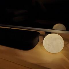 ダイソー/オシャレ/照明器具/ルームライト/ムーンライト 今度はサウンドバーの右側です笑  またダ…(1枚目)