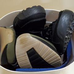 オキシクリーン/オキシクリーン 洗剤 | グラフィコ(その他メイク道具)を使ったクチコミ「サンダルと靴をオキシ漬け!漬けたあと色が…」