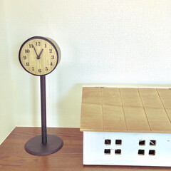 100均リメイク/公園の時計真似っ子/おうち型ケーブルボックス/salute/10分で出来る/両面時計/... 久しぶりの投稿です^ ^  公園の時計風…
