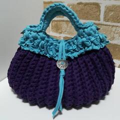 バッグ/フリル/コットン/リサイクルヤーン/ファッション/雑貨/... コットンの糸とリサイクルヤーンのバッグで…