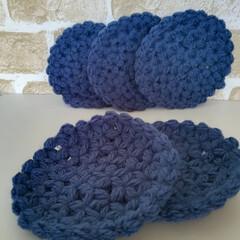 編み物/キッチン雑貨/キッチン小物/コースター/手編み/雑貨/... リフ編みのコースターです。 ふっくらして…