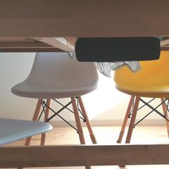 ズボラ/ダイニングテーブル下/プチプチDIY/100均/住まい/収納/... 片付けも苦手でほかっとくとテーブル拭き上…