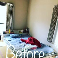コケ玉/マリメッコ ハギレ/ファブリックボード/壁面収納/夏インテリア/DIY/... 和室の枕元を娘が散らかすので壁面収納を作…(1枚目)