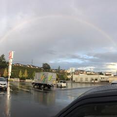 ラッキー 完璧な虹を今日見ました‼️ 美容師の国家…