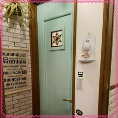 After/塗装/リフォーム/DIY トイレのドアを塗装してみました(^з^)…