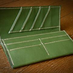 手縫い/手作り/財布/革 台湾の友人に頼まれていた財布を作りました…