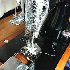 自分で直せるかなぁ?/縫えない/タイミングずれ/ミシン ピンチ‼️ ミシンのタイミングがずれて縫…